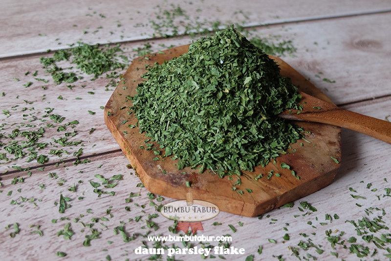 Daun Parsley Flake